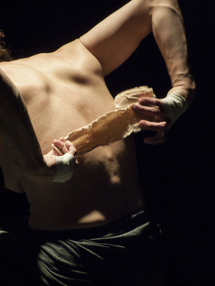 Circus Next / Neerpelt 2014 foto Andrea Macchia / Festival Mirabilia